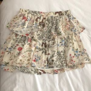 Wayf white flower skirt.